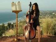 The sexiest cellist woman in the world